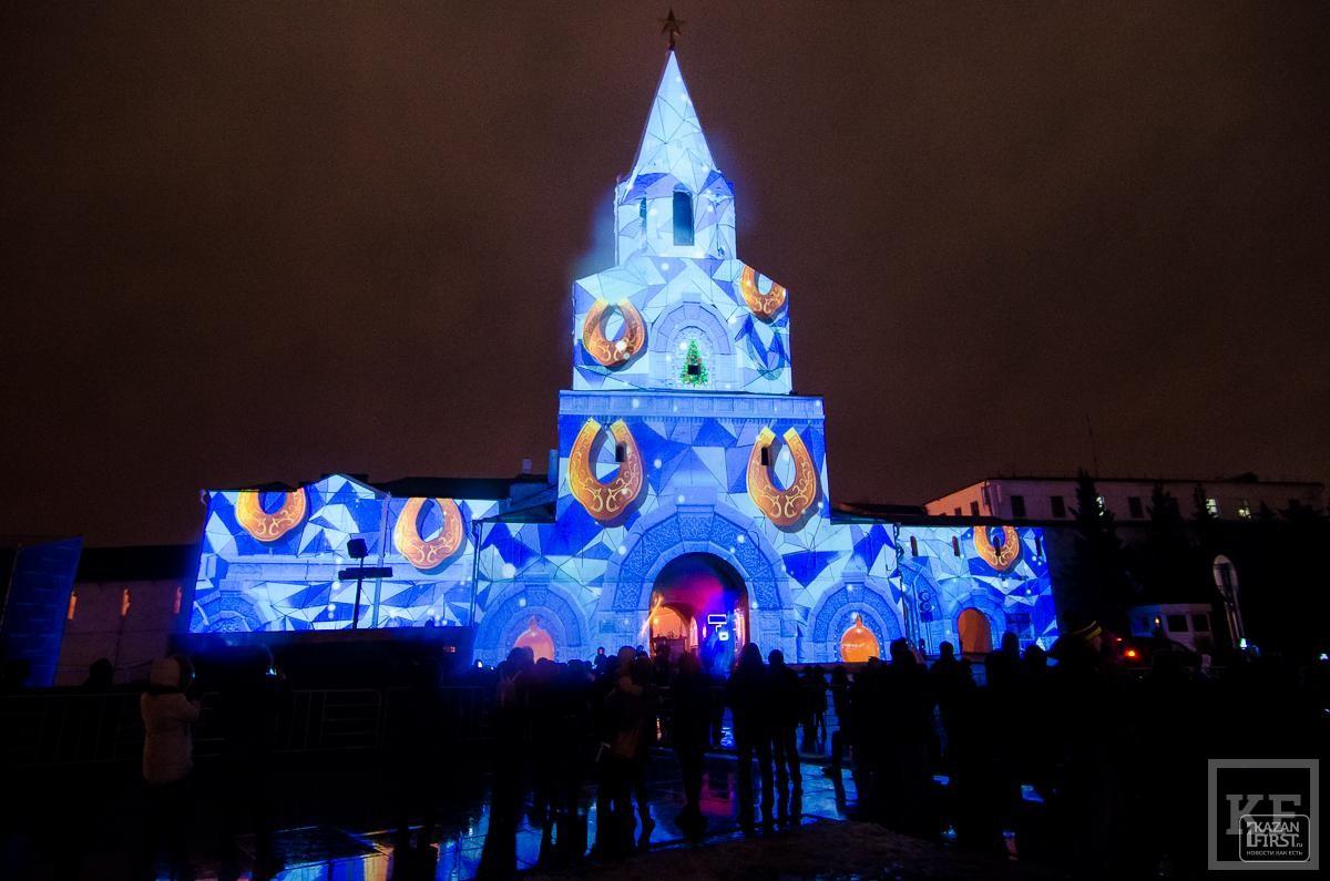 На стенах Казанского Кремля показывают уникальное световое шоу