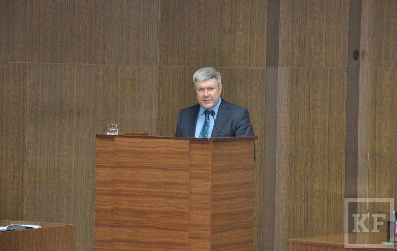 Василь Шайхразиев: «Долг как был, так и есть»