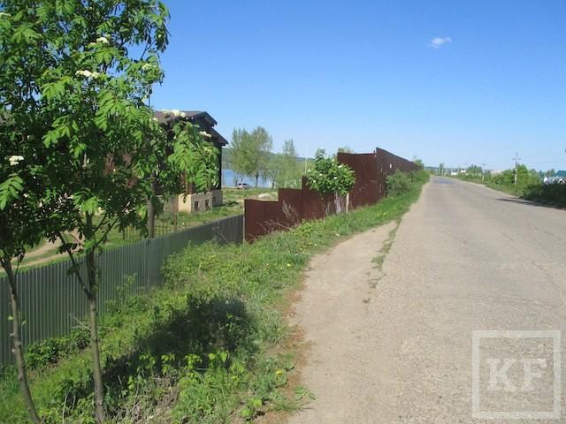 «Так коттедж или станция?»: ФАС не добилась ответа, почему сын главы Елабуги построил дом на муниципальной земле
