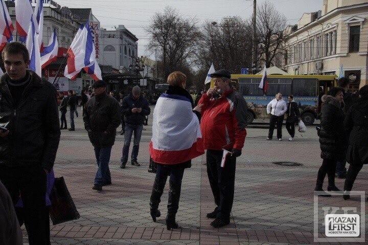 «Нужно быть самоубийцей, чтобы при такой власти в Киеве оставаться с Украиной»
