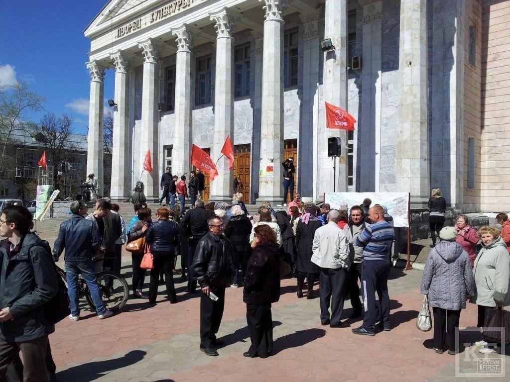 Митинг против строительства высокоскоростной железнодорожной магистрали «Москва-Казань» проходит в Юдино