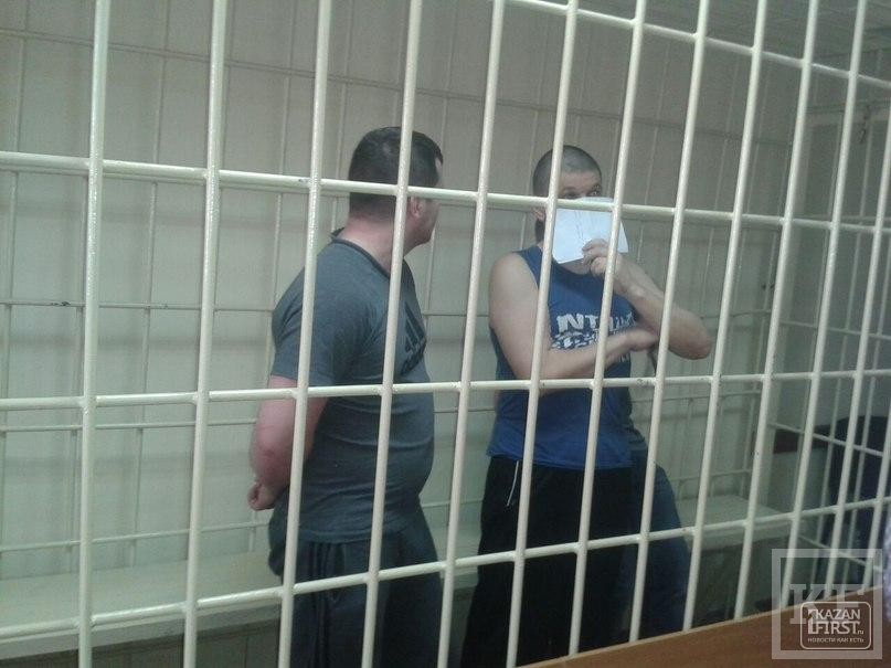 В Казани отложено заседание по делу банды, похитившей девушку у ТЦ «Тандем» — один из обвиняемых не явился