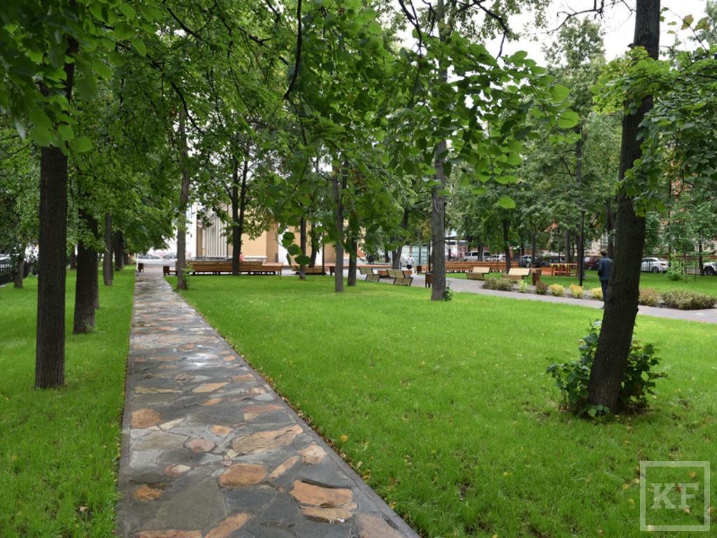 Метшин предложил запустить конкурс на лучший эскиз скульптуры в сквере Аксенова