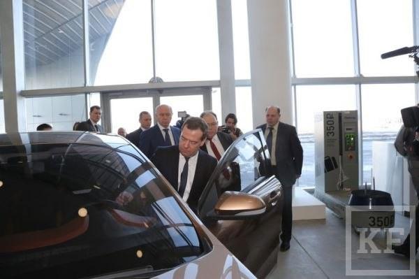Обслуживавшие водный чемпионат автомобили Lada будут распроданы со скидкой 5%