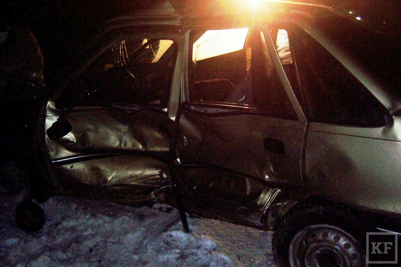В Аксубаевском районе произошла автокатастрофа, в которой может быть замешан сын влиятельного чиновника. Уголовное дело до сих пор не возбуждено
