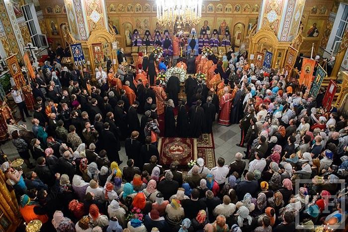 В Казахстан доставили Казанскую икону Божией Матери