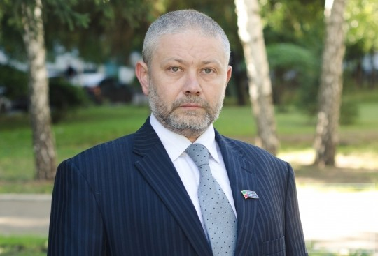 Депутат горсовета Владимир Васёв предложил сэкономить бюджету 65 млн рублей в сфере ЖКХ