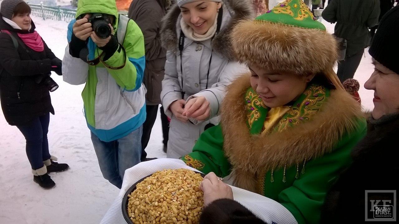 У Кыш Бабая часто просят о российском гражданстве
