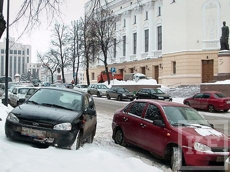 Казанцам запретят парковать машины в своих дворах?