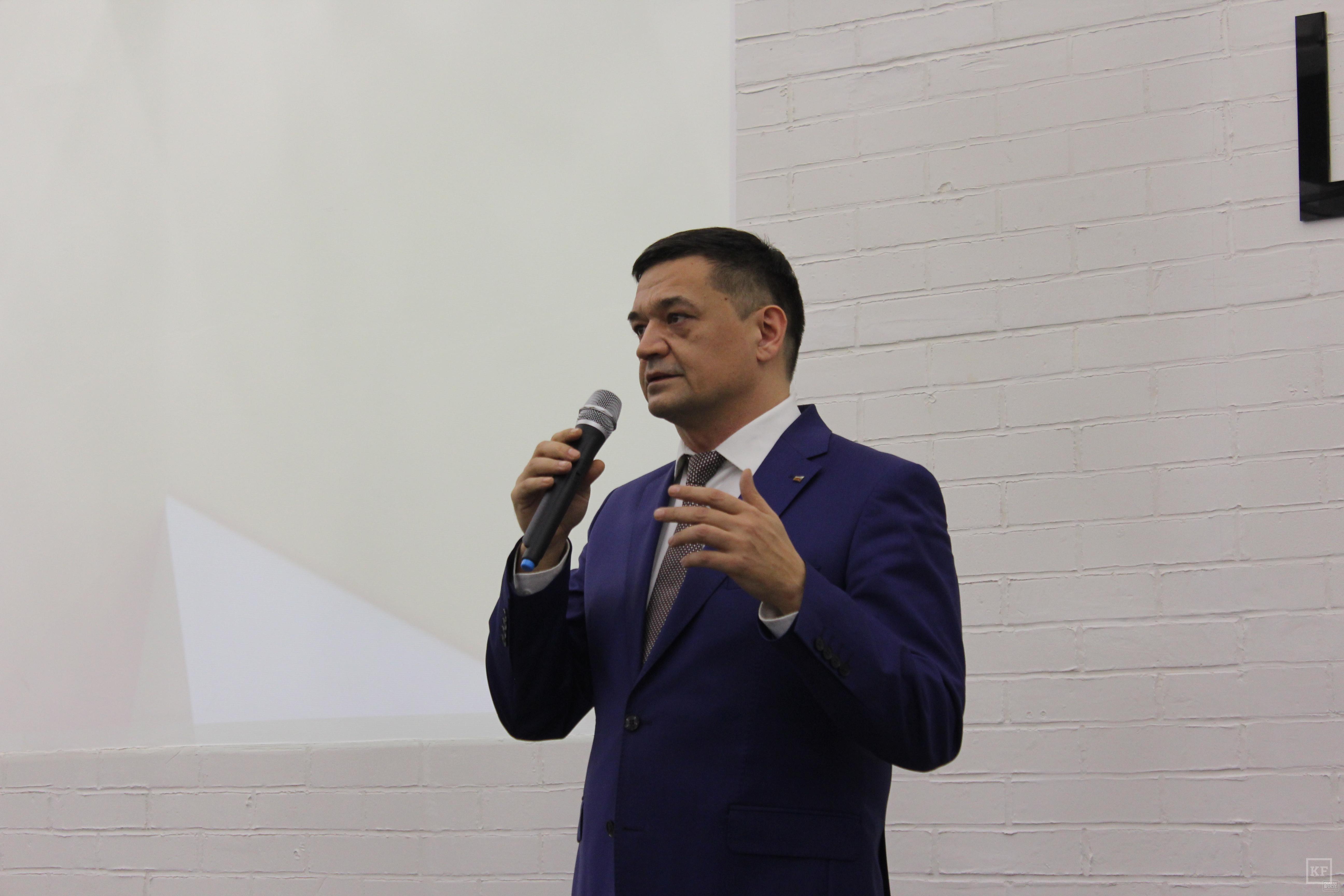 Азат Газизов, «Опора России»: Когда начинаются тяжелые времена, то люди тянутся к себе подобным, чтобы легче преодолевать трудности