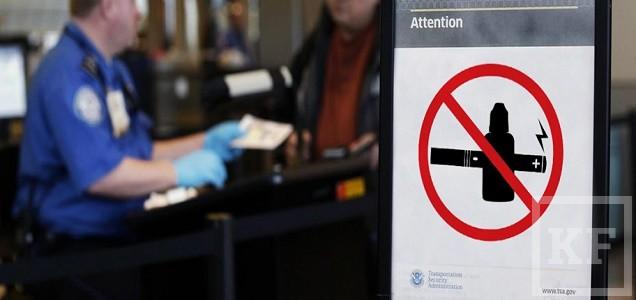 В России могут запретить использование электронных сигарет в общественных местах. Наркологи объясняют, почему необходимо это сделать