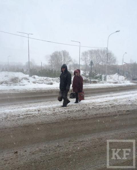 Житель Лениногорска жалуется на заснеженные дороги