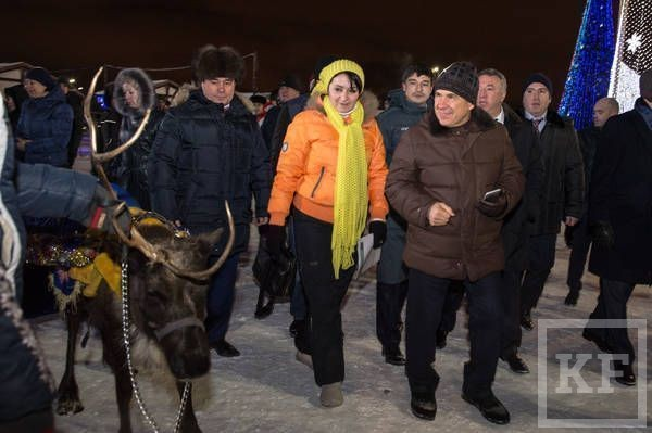 Минниханов открыл самый большой каток Казани