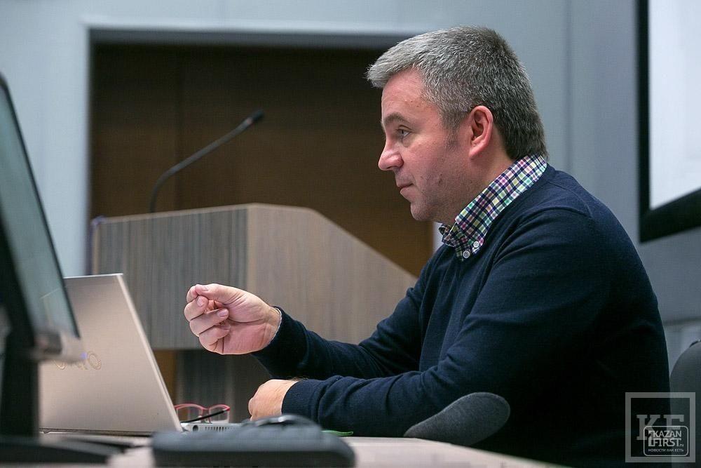 Сергей Гиль: «Кто будет придумывать прорывные креативные решения в экономике? Только молодежь. Значит, нужно идти к ним и играть с ними»