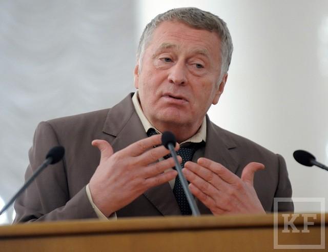 Два месяца до муниципальных выборов в Казани: «Единая Россия» пока не определилась со своими кандидатами, у КПРФ не готов одномандатный список