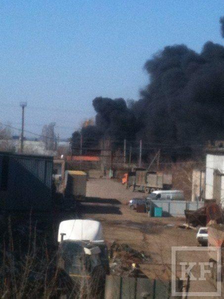 В Набережных Челнах произошел крупный пожар в районе БСИ