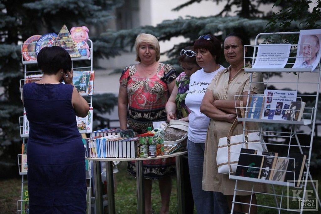 Поэт Евгений Евтушенко принял участие в проекте «Литературные дворики» в Казани