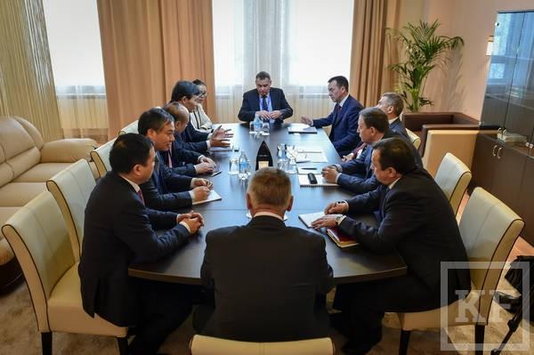 Минниханов: правительство обсуждает строительство газохимического комплекса по типу «Аммония»