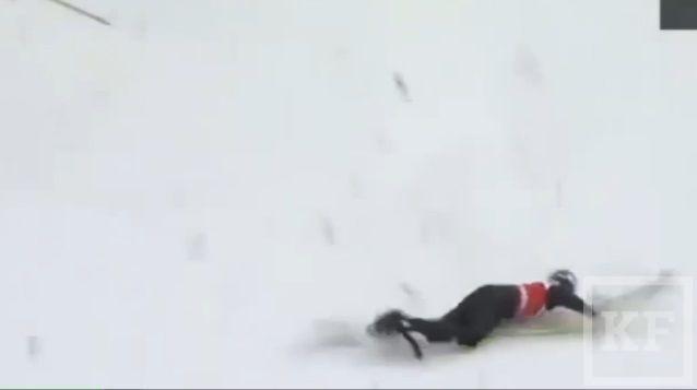 Немецкая спортсменка по прыжкам с трамплина разбилась на соревнованиях в России