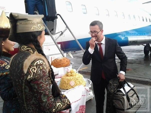«Президент Татарстана пытается поделиться с нами опытом взаимоотношений с российской властью»