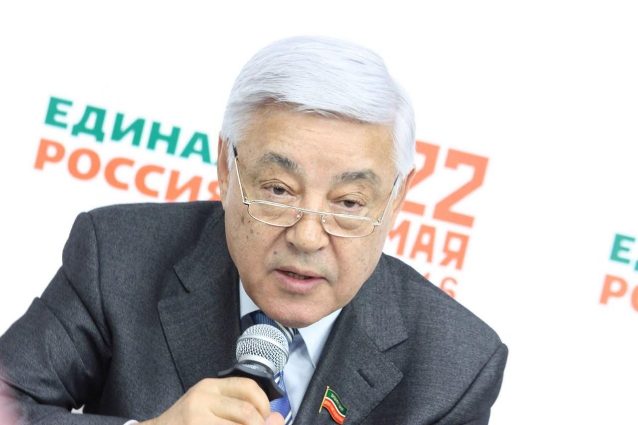 Татарстан стал третьим регионом в России с наибольшей явкой на праймериз «Единой России». Но избирателям не хватило бюллетеней
