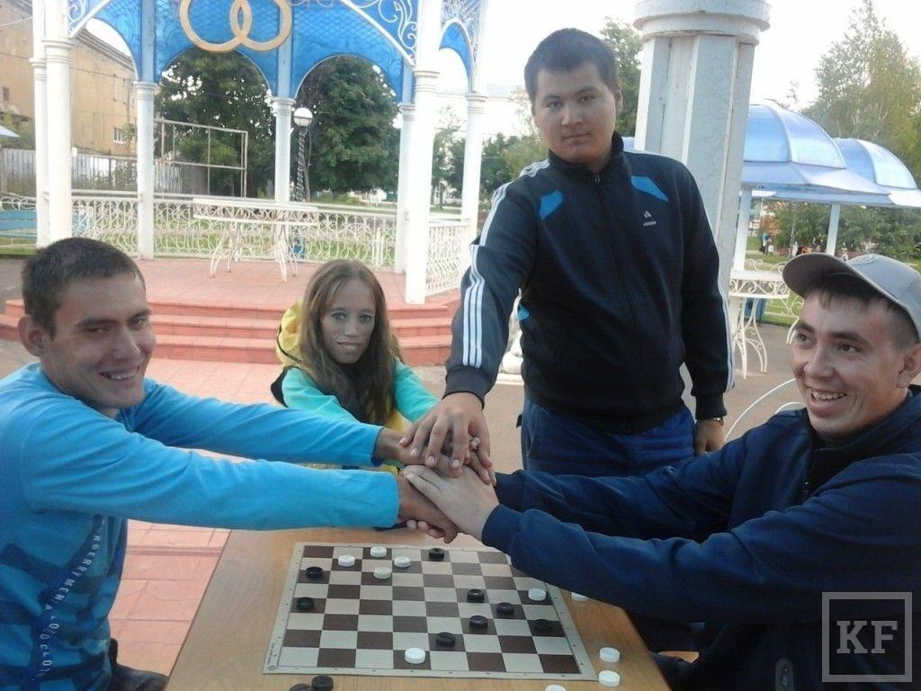 Чистополь посетили участники автопробега инвалидов-спортсменов