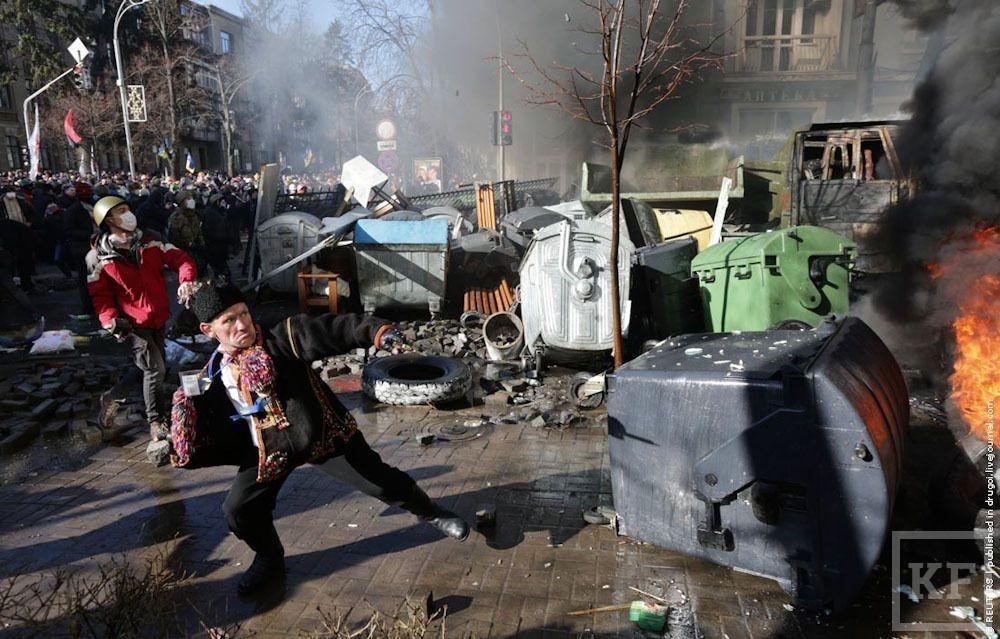 В Киеве возобновились уличные бои