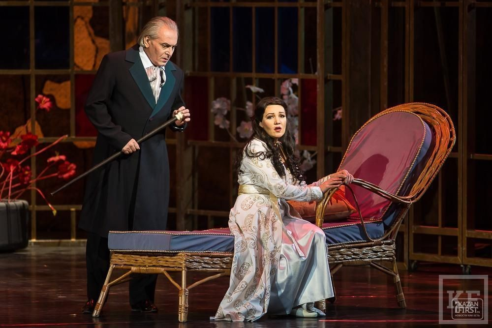Фоторепортаж с оперы «Травиата»