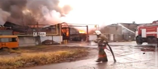 В Челнах потушен пожар на территории фирмы Сабан