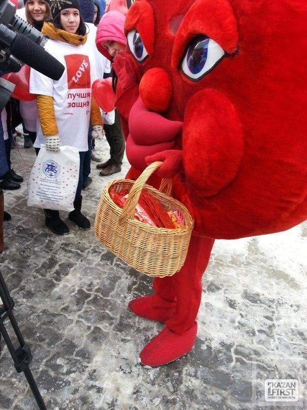 В центре Казани пропагандируют безопасный секс