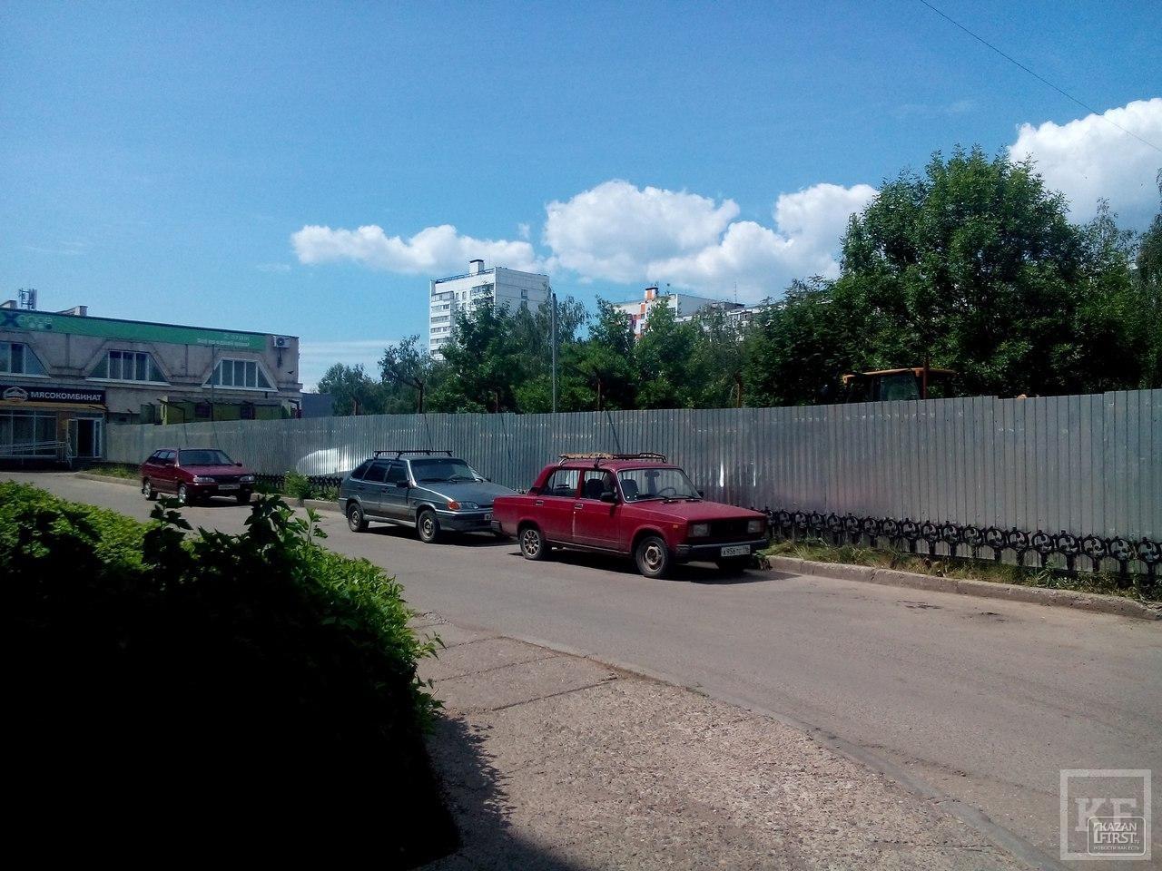 Опять «Челны-мясо»: жители 56 комплекса выступили против строительства магазина у себя под окнами