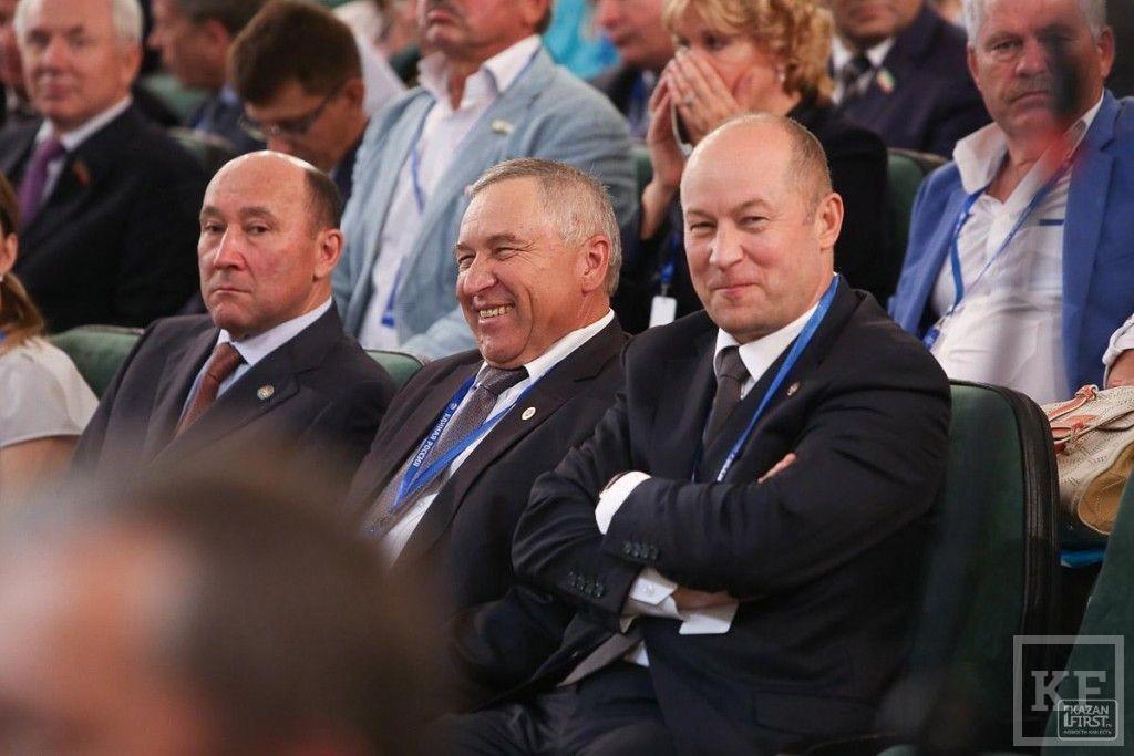 «Чтоб никто в самолёте пьяным не ходил, как, к сожалению, позорят нашу партию некоторые наши вышестоящие однопартийцы»