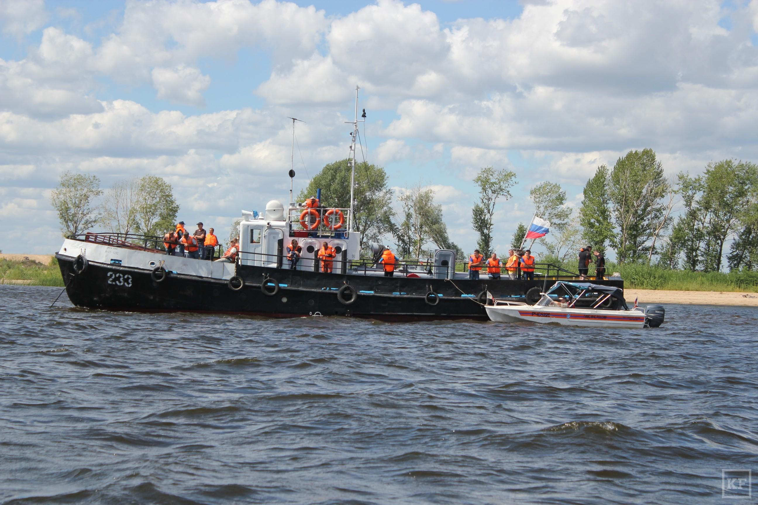 В Казани отработали спасение людей во время столкновения судов