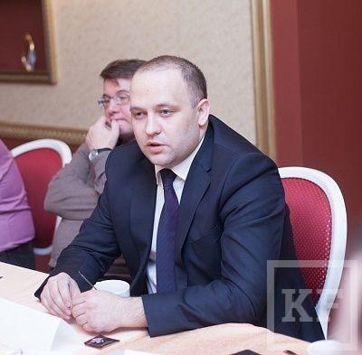 Замглавы Тукаевского района РТ ушла в отставку после скандала с покупкой автомобиля за счет бюджета