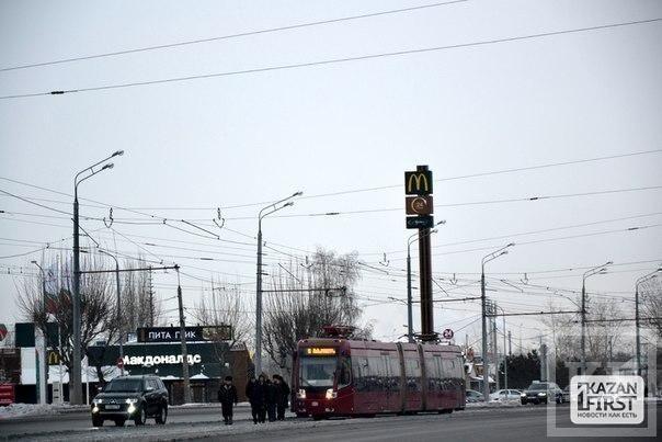 Из-за аномальных холодов в Казани рвутся трамвайные провода