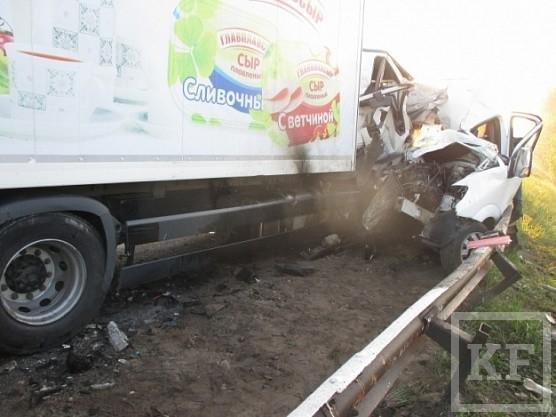 Медики транспортируют всех пострадавших в автокатастрофе под Нижним Новгородом в Казань