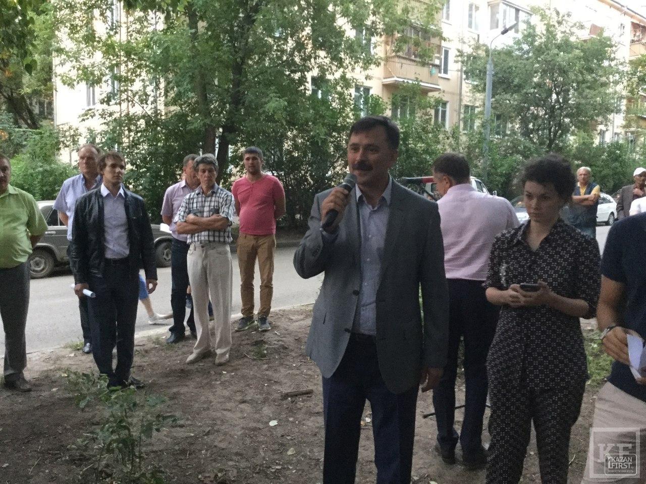 Сквер «Заря» в Казани стал предметом спора между местными жителями и представителями экстремальных видов спорта