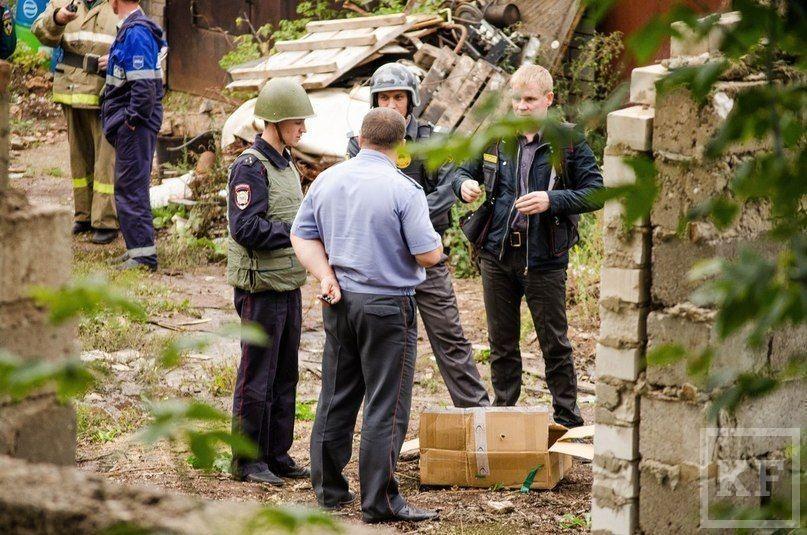 Жители Лениногорска нашли среди гаражей мину