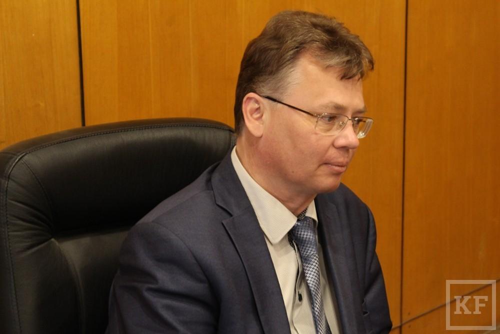 Герман Дьяконов: «Мы отправили магистров на стажировку в Америку, а они оттуда написали, что хотят вернуться, так как в КНИТУ оборудование лучше»