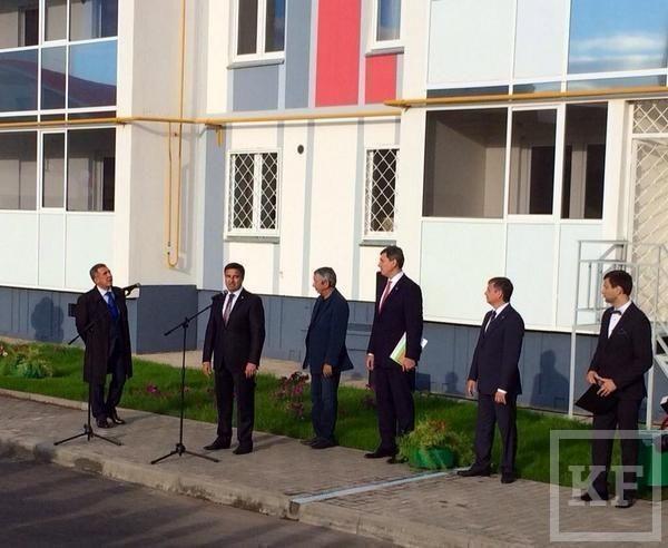 Рустам Минниханов осмотрел арендный дом для сотрудников IT-парка в Набережных Челнах