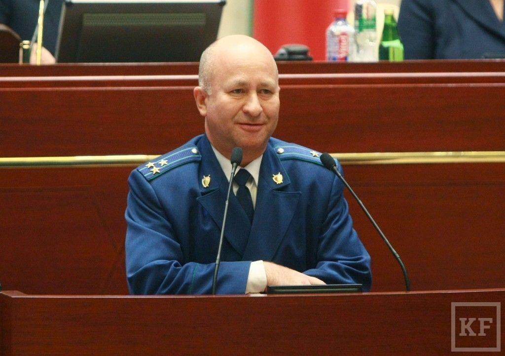 Из-за закона о запрете переноса праздничных выходных дней прокурор РТ встал в жёсткую оппозицию Госсовету РТ