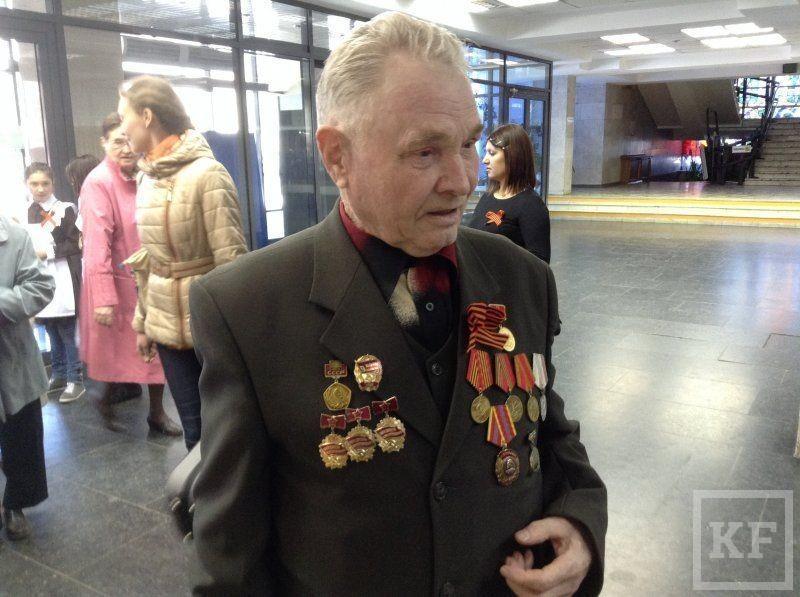 Ветеранов в Набережных Челнах поздравили праздничным концертом