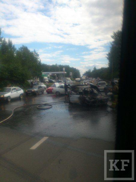 Серьёзное ДТП в Дербышках, один из автомобилей сгорел [фото]