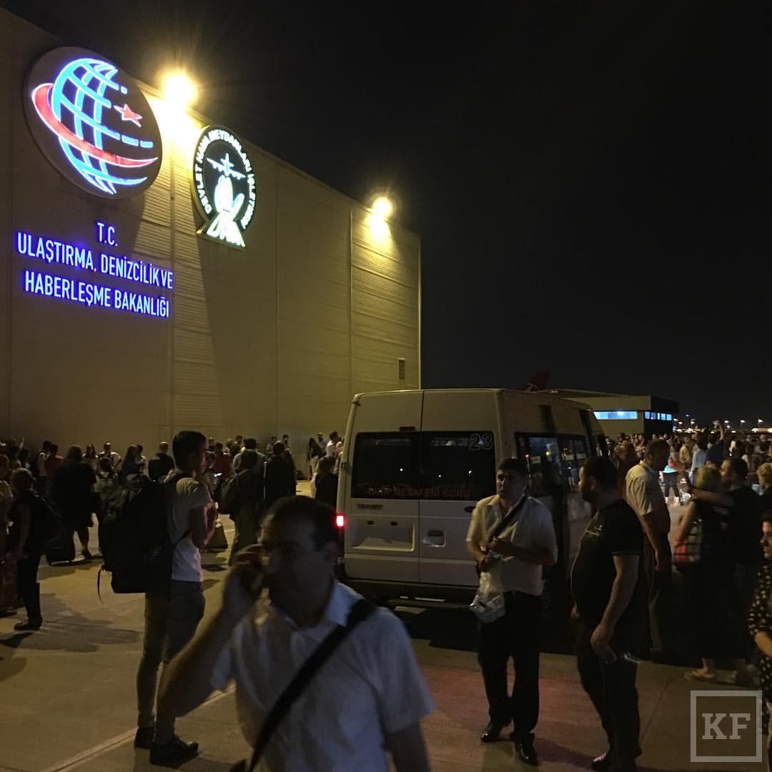 Во время взрыва в аэропорту Стамбула находился бывший заммэра Челнов Максим Фёдоров