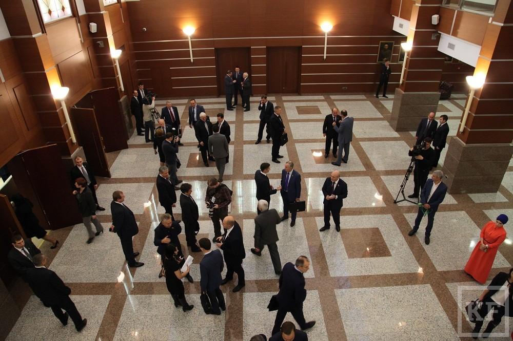 Приняли, чтобы вернуться: бюджет Татарстана на 2016 год утвержден с дефицитом 5,8 млрд рублей