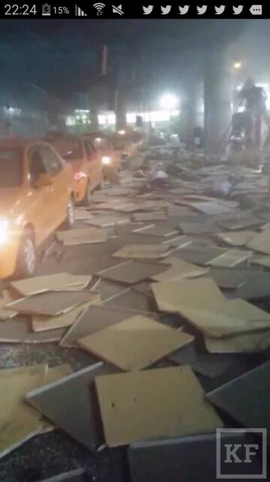 СМИ: в аэропорту Стамбула произошли два взрыва, слышна стрельба