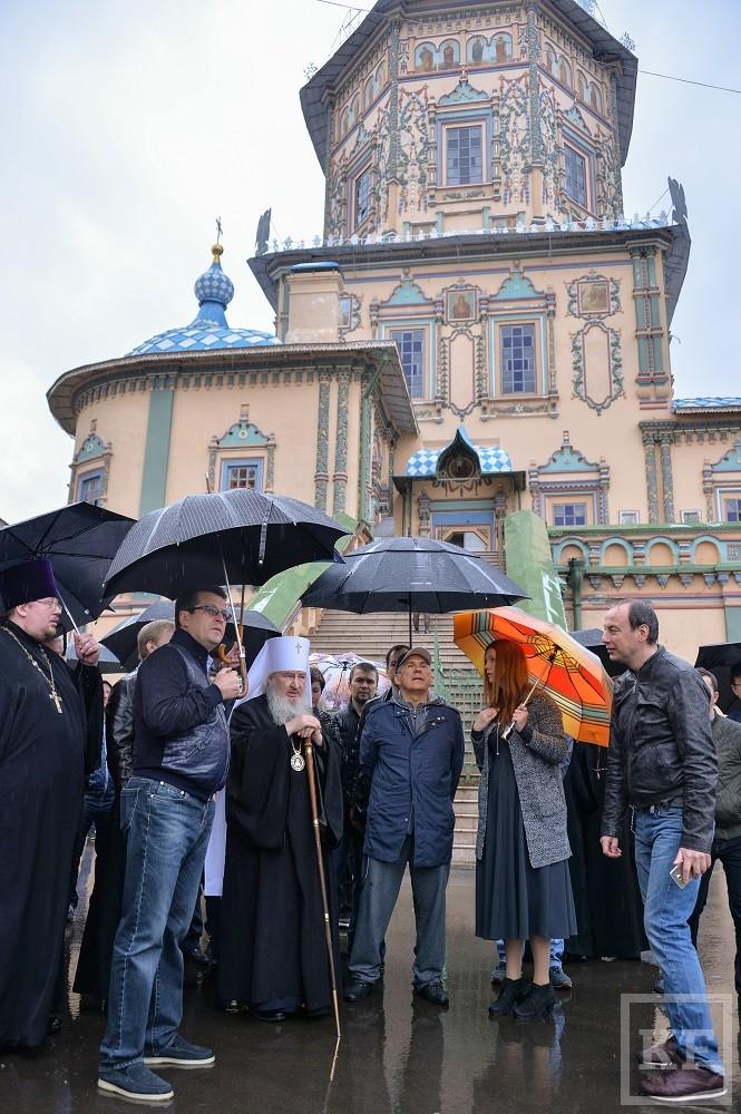 Минниханов встретился с митрополитом Феофаном
