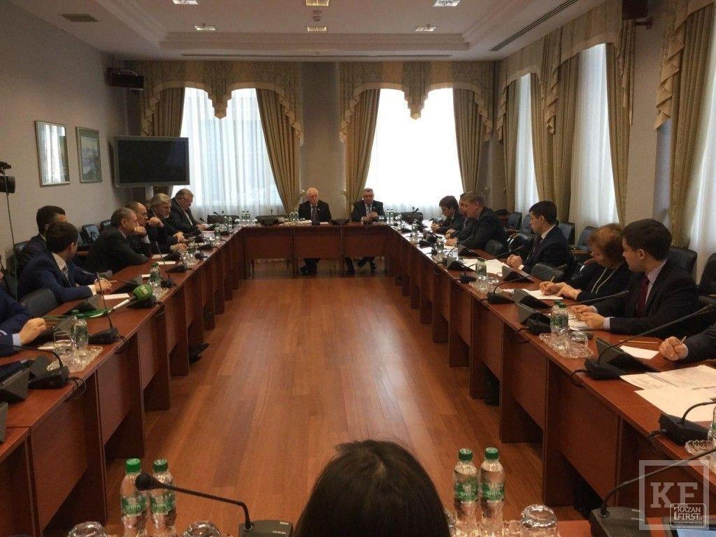 Инициатива Мугермана-Барышева: депутаты Госсовета РТ предлагают централизовать закупки продуктов питания для детских садов