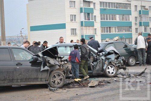 В Заинске столкнулись семь автомобилей