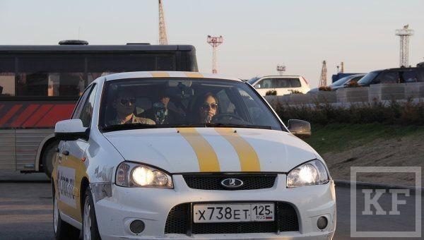 Поклонник выкупил машину на которой ездила Саша Грей